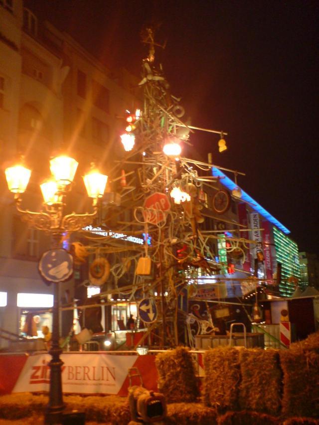 Mad Max feiert auch Weihnachten