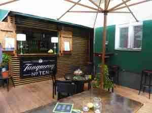 Martini Terrasse der G & T Bar