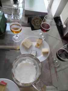 Käse-Bier-Verkostung mit Käse von Blomeyer